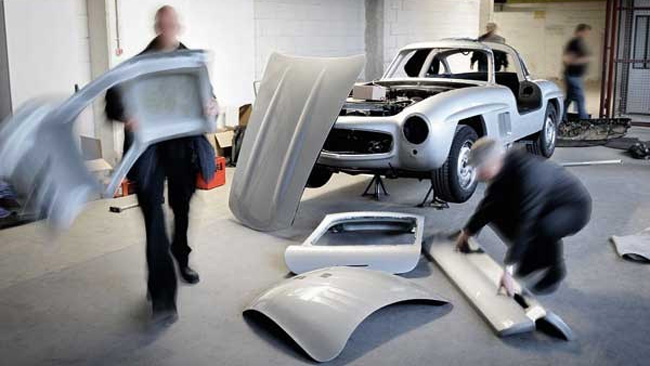 Mercedes-Benz Crushed an Illegal 300 SL Body2