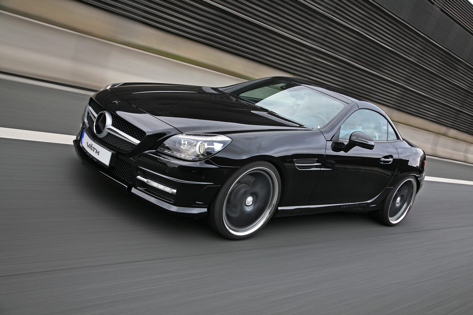 Vath Tuning Kit Based on the Mercedes SLK 350 ...