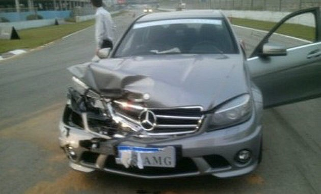 crash2 Journo Rearends SLS AMG With A C63 AMG