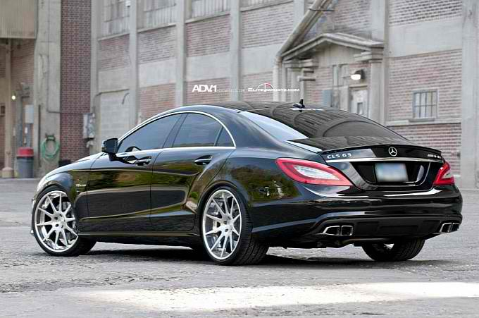 ADV10 Deep Concave Wheels on the Mercedes CLS63 AMG4