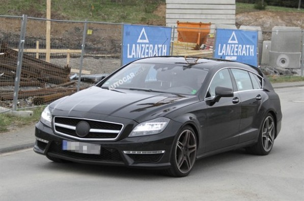 shootingbrake spyshots001 597x395  2013 Mercedes Benz Shooting Brake Spotted, Practically Unshrouded