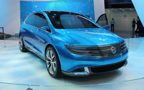denza concept 597x373 Daimler and BYD Hope Denza Can Spark China Electric Car Sales