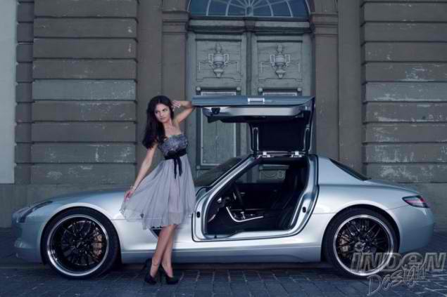 Katja Runiello on a Mercedes SLS AMG by Inden Design4