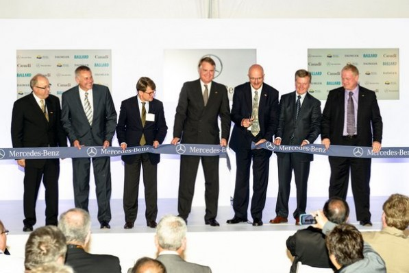 Mercedes canada fuel cell facility 597x398 Mercedes Benz Inaugurates Worlds First Dedicated Fuel Cell Facility