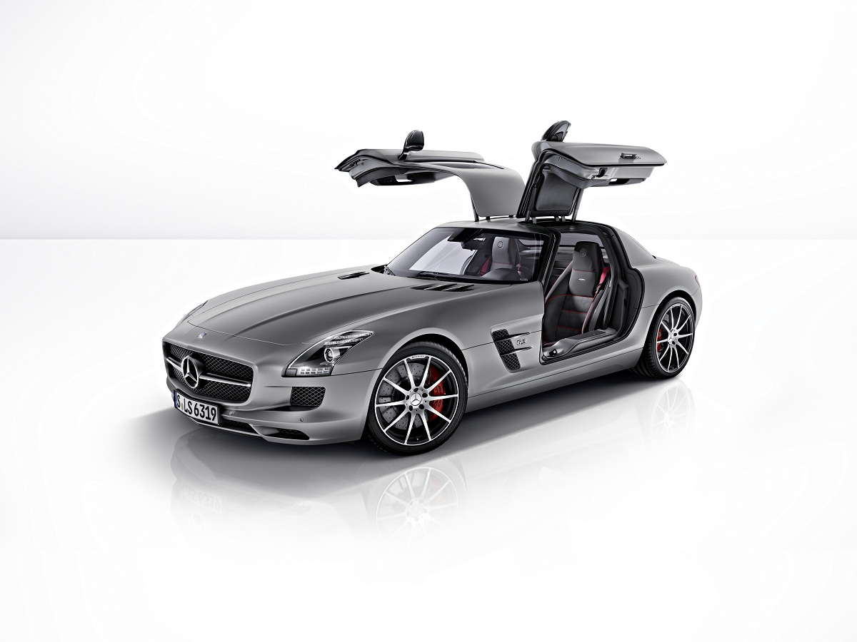 SLS AMG GT 01 Mercedes Benz Outs New SLS AMG GT, Touts Improved Driving Dynamics