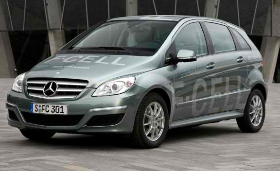 b class f cell Daimler Awarded by IAHE for Fuel Cell Tech Contributions