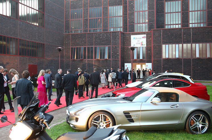 reddotawards Mercedes Benz Vehicles Win at red dot Design Awards