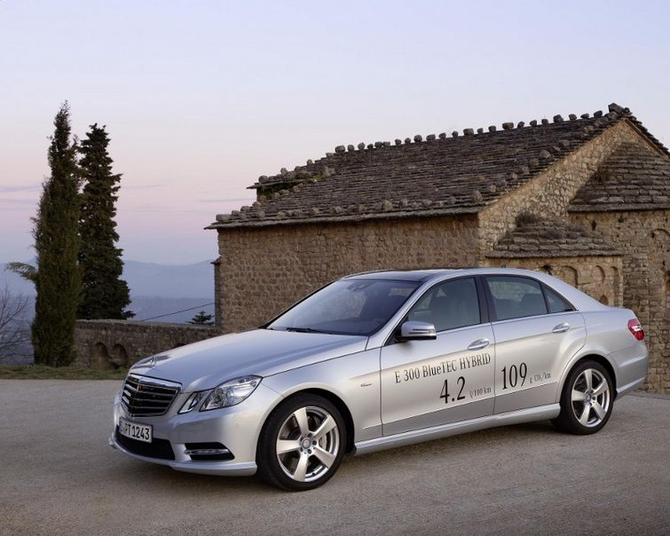 Mercedes Benz Outs E Class Hybrid Benzinsider Com A Mercedes Benz Fan Blog