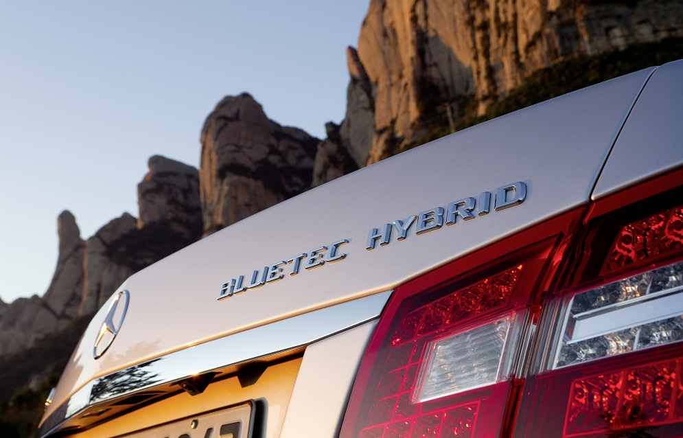 E 300 BlueTEC Hybrid Mercedes Benz E 300 BlueTEC HYBRID Awarded A+ Efficiency Rating, Environmental Certificate