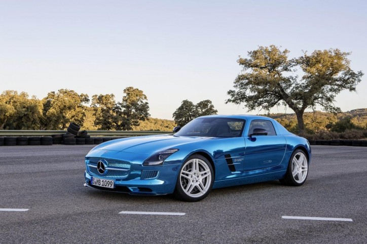 172128839181647801 724x482 [Gallery] Mercedes Benz SLS AMG Electric Drive