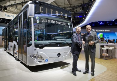 Mercedes-Benz_Citaro_Wins_Bus_of_the_Year_2013