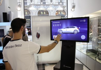 MercedesBenz_Milan_Visionary_Store