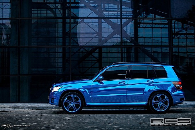 mercedes glk wrapped in blue chrome photo gallery 3 Russian Customizer Gives GLK An Unusual Look