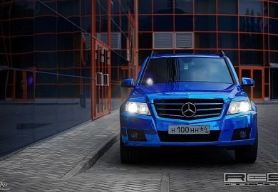 mercedes-glk-wrapped-in-blue-chrome-photo-gallery_6