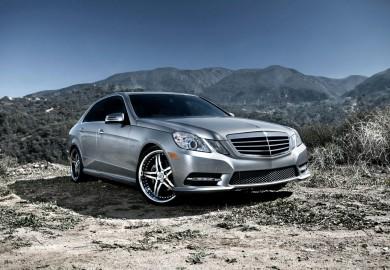 Mercedes-Benz_E350_2012