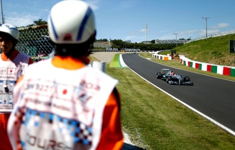 Michael Schumacher Japanese Grand Prix 2012 qualifying F1: Rosberg P13, Schumacher P23 on Japan Grand Prix Starting Grid