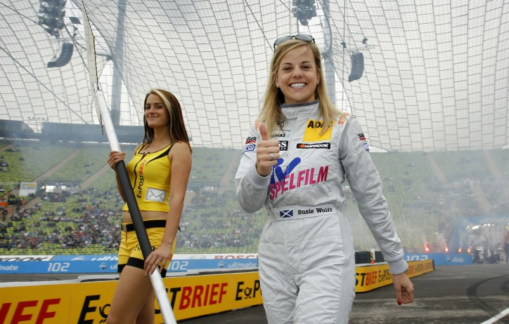 Susie Wolff 8 724x462 Driver Susie Wolff Retires From DTM Too
