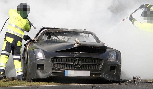 Wrecked Mercedes Benz Car Insurance for Your Mercedes Benz