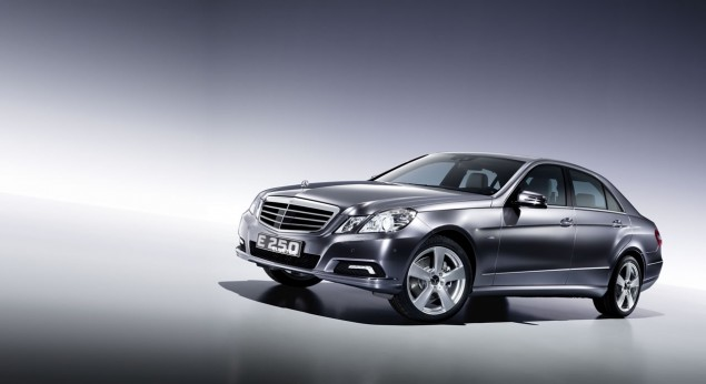 E250 Blue TEC  E250 BlueTec Takes Its North American Debut during the NY Auto Show