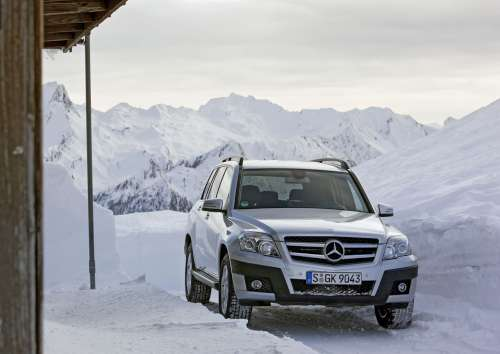 GL Class in Snow Driving Your Mercedes Benz in Winter