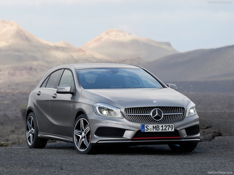 2013 mercedes benz a class will it compete with the premium hatchbacks a. Black Bedroom Furniture Sets. Home Design Ideas