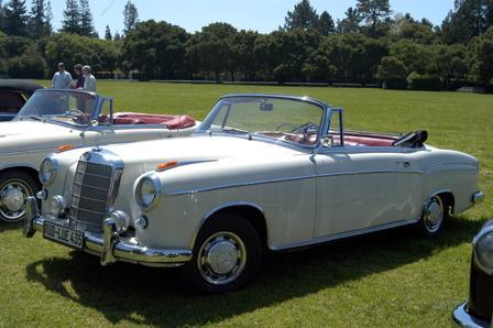 Mercedes-Benz_220S_1957_LUE