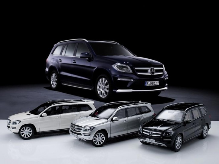 gl toy 724x545 Mercedes Benz GL Class Miniatures Now Offered