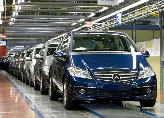 mercedes-benz-produces-the-500000th-b-klasse-and-the-750000th-a-klasse-2
