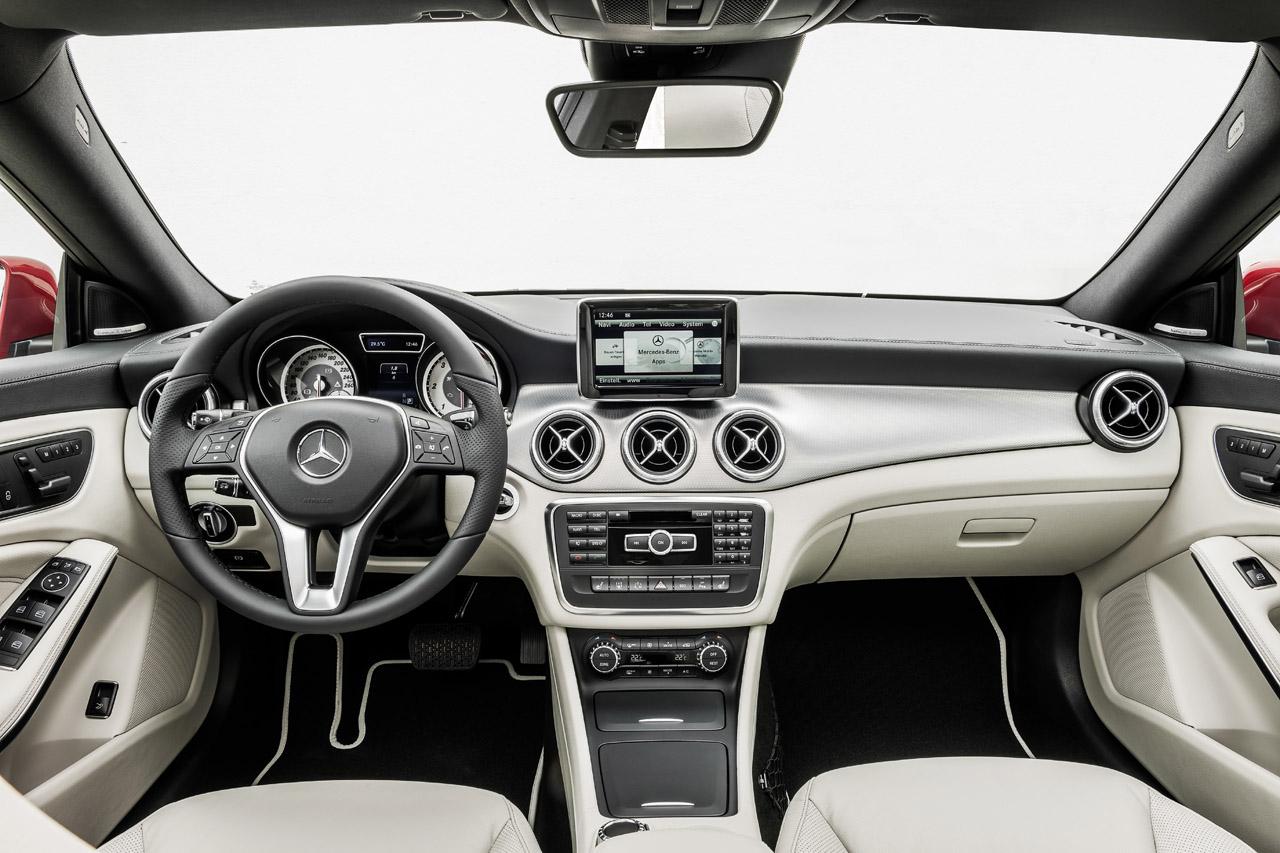 Mercedes benz cla 220 cdi c117 2012 for Mercedes benz cla 2012