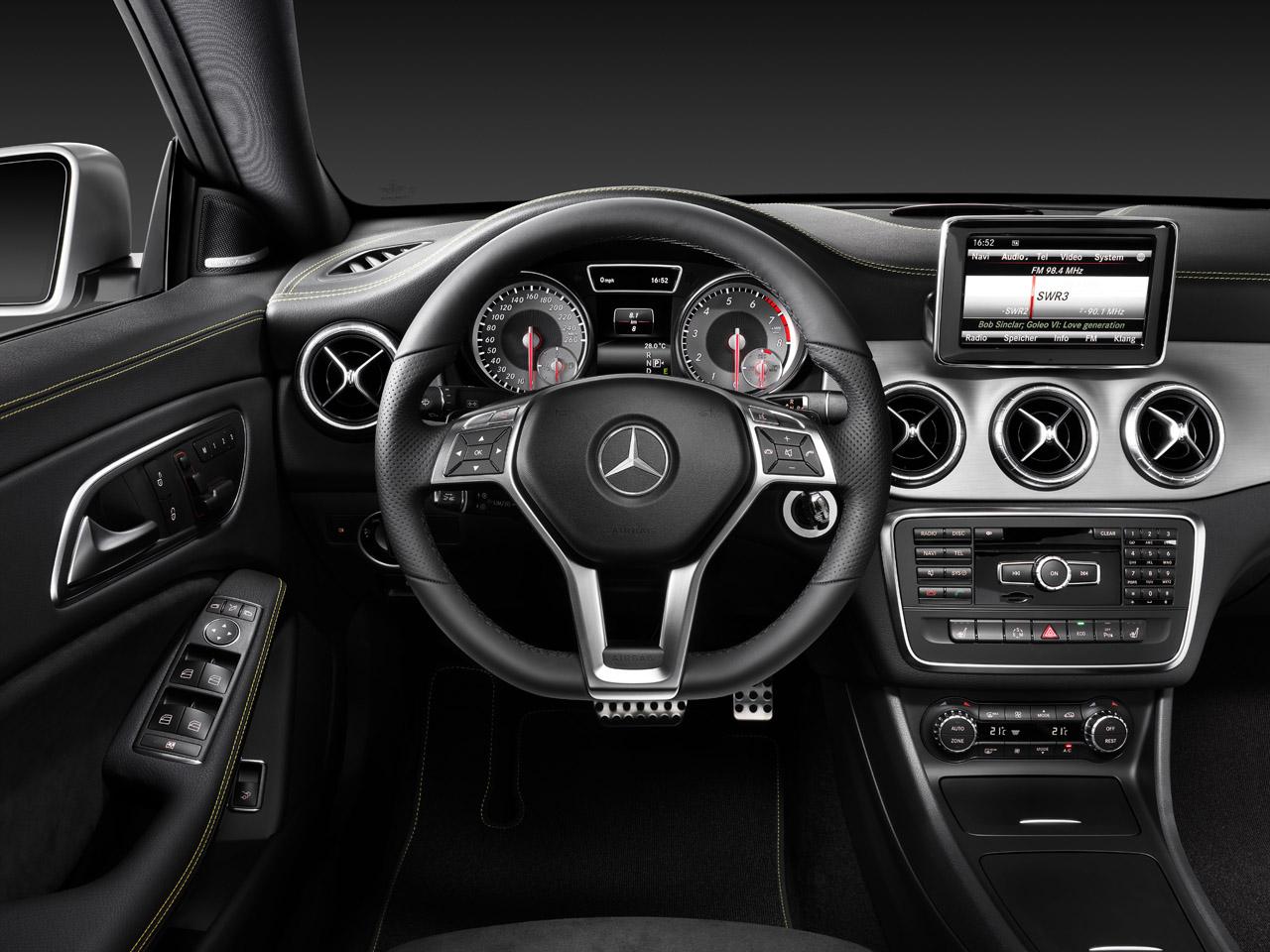 Offiicial 2014 mercedes benz cla class revealed for Mercedes benz cla 2012