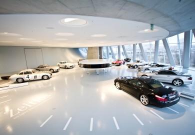 Mercedes-Benz Museum: Erfolgreicher Jahresrückblick 2012 / Successfull review for 2012