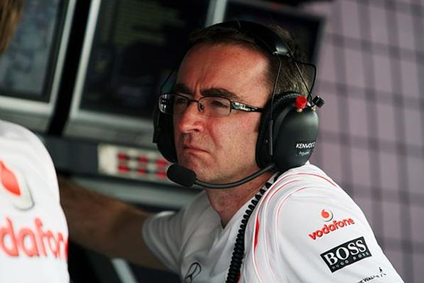 McLaren F1 engineering director Paddy Lowe Revealed: McLaren Works Hard to Keep Paddy Lowe