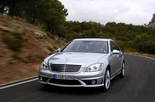 S Class BMW Outsells Mercedes Benz In 2012