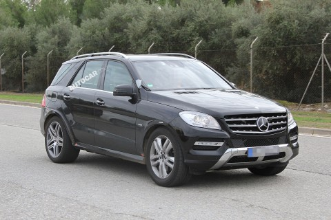 mercedes benz ML1 Sporty And Aggressively Styled Mercedes Benz MLC To Rival BMW X6