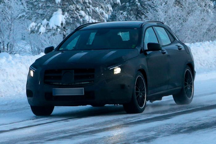 mercedes gla 45 amg 001 AMGs Crossover Weapon Spied Testing In Sweden