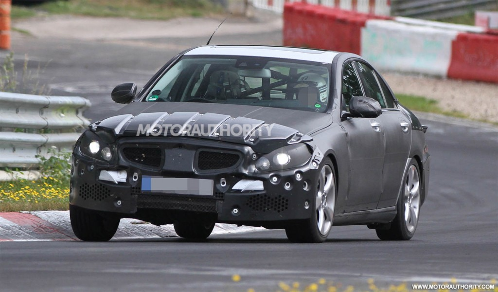 2015 mercedes benz c class spy shots 100399707 l 2015 C Class Captured by Eyewitnesses