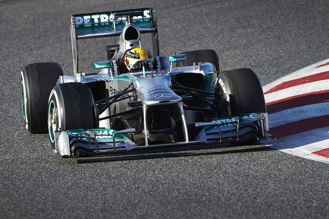 Lewis Hamilton F1 Preseason Day 2 Barcelona Mercedes AMG Petronas F1: Hamilton Completes 121 Laps in Barcelona Day 2