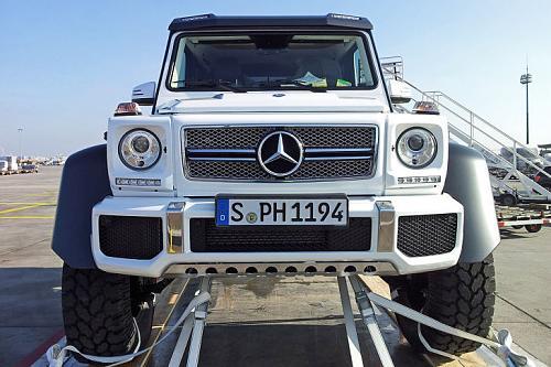 Autobild releases official photos of the 6x6 mercedes benz for Mercedes benz 6x6 precio
