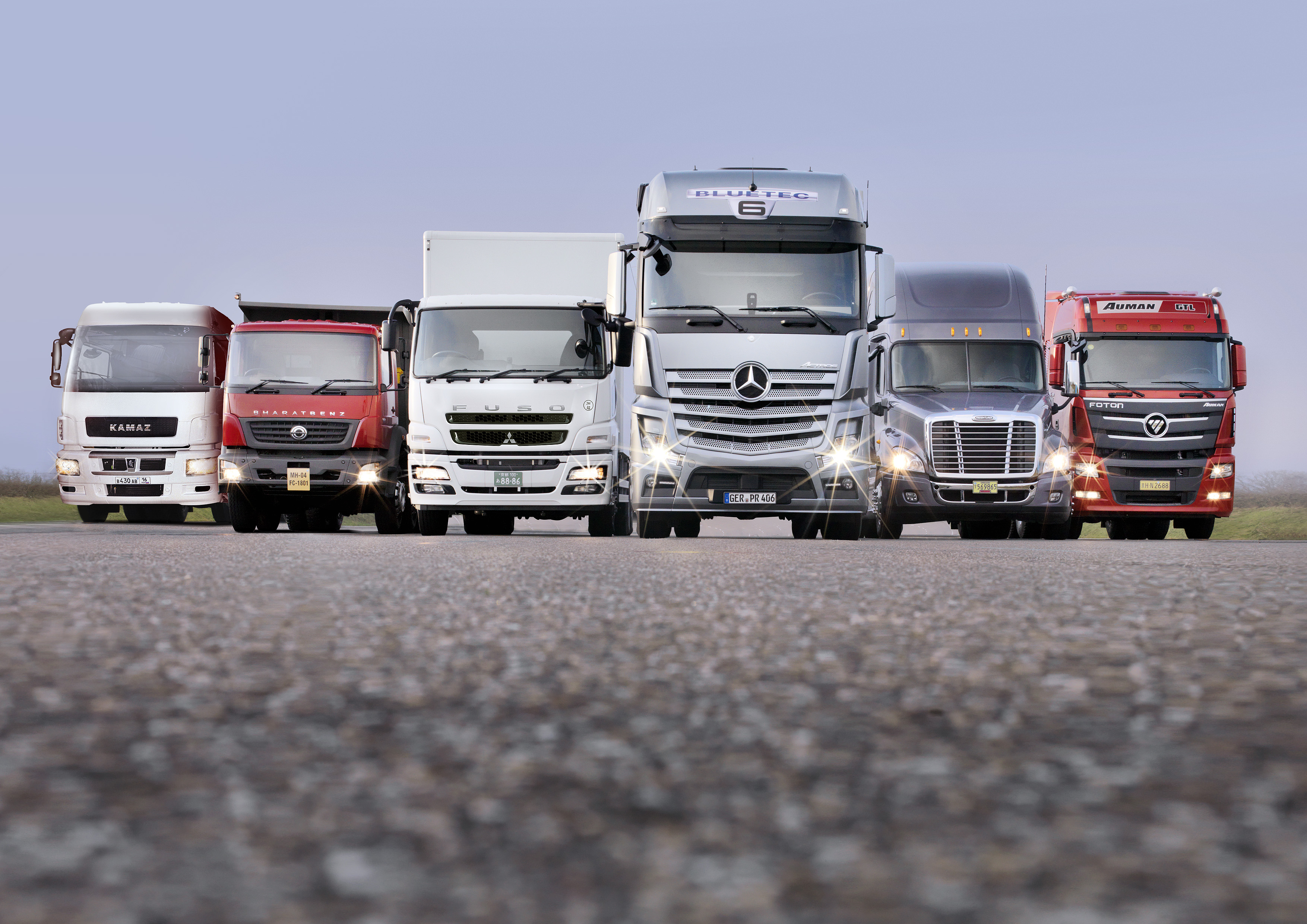 12A1421 Revenues of Daimler Trucks Increased In 2012