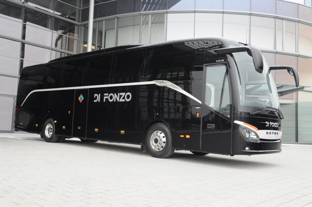 Di fonzo receives latest setra touring coach benzinsider for Mercedes benz touring coach