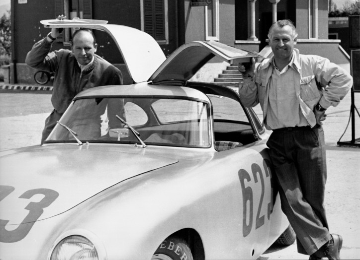 Mille Miglia, 3. bis 4. Mai 1952. Das Fahrerteam Karl Kling und Hans Klenk (Startnummer 623) mit einem Rennsportwagen Mercedes-Benz Typ 300 SL (W 194, 1952).