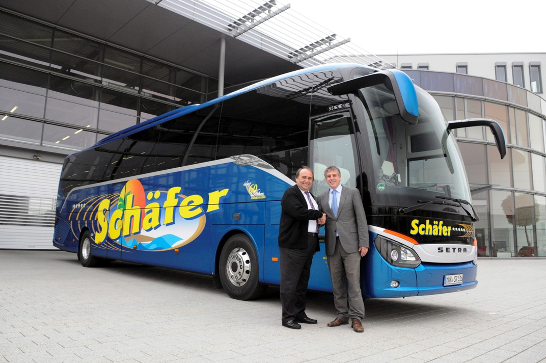 13A559 First S 516 HD Delivered To Schäfer Reisen
