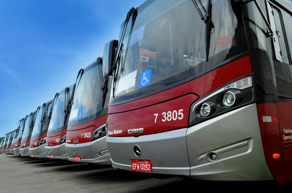 13C605 01 Mercedes Benz Buses Ordered For Brazil