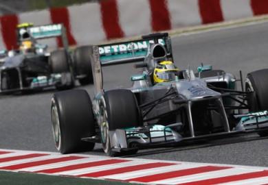 2013-Spanish-Grand-Prix-Mercedes-F1-Nico-Rosberg-Lewis-Hamilton