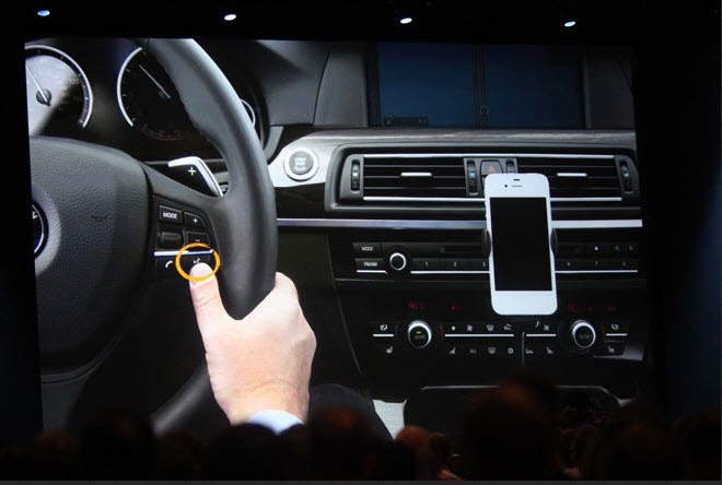 Siri Eyes Free feature Apple Looking To Equip New Mercedes Benz Cars With The iOS 7