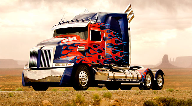 Transformers 4 New Optimus Prime is a Western Star Truck Transformers 4 Optimus Prime is a Daimler Truck