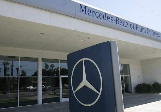 palm springs1 Thieves Hit Mercedes Benz Dealership In Palm Springs
