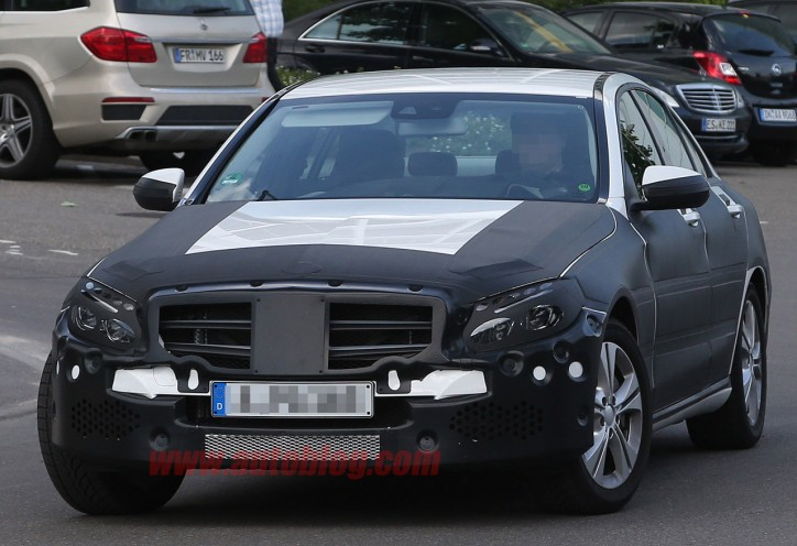 004-mercedes-benz-c-class-spy-shots