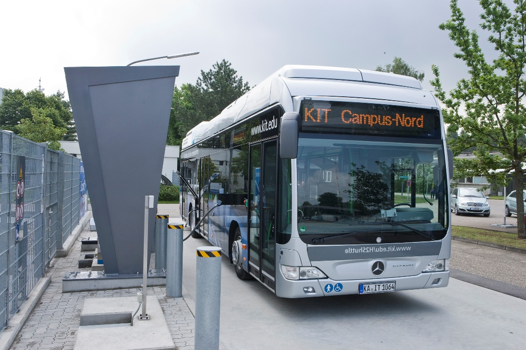 113 Mercedes Benz Citaro FuelCELL Hybrid Buses Shuttle Service At KIT