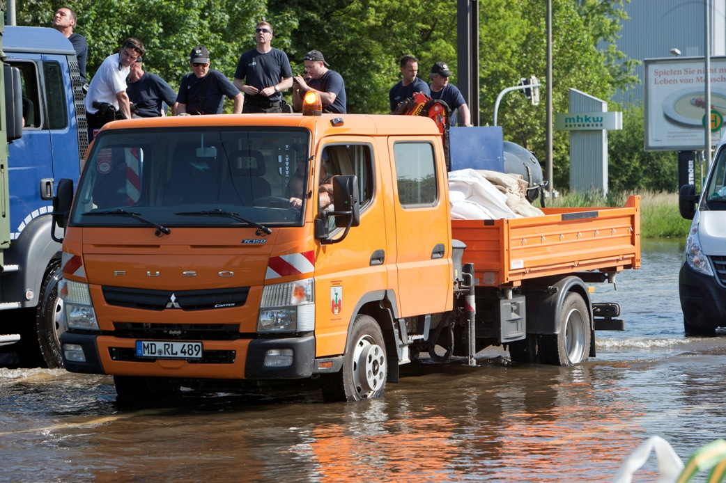 127 Popularity Of The Fuso Canter With Crew Cab Increases